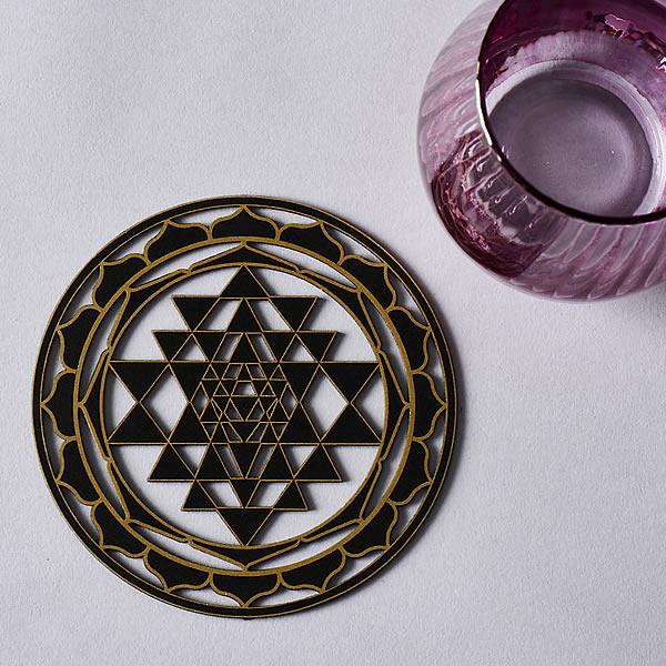 Coaster sized 140mm 5.5 inches Sri Yantra black with gold trim resonance plate 004_020