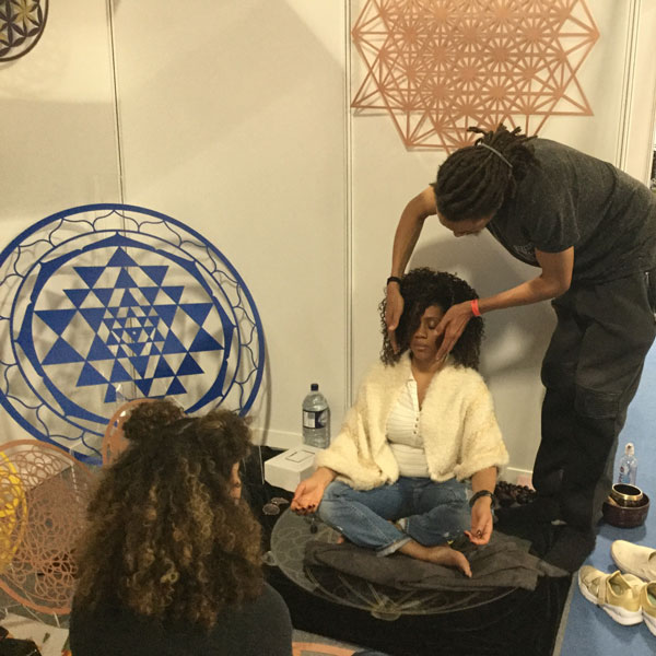 Om Yoga Show Machester 2018 Lee healing on the Universal DNA and Copper Flower of Life